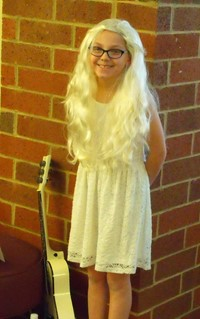 "Alcott Students Portray Famous Characters at School ""Wax Museum"""