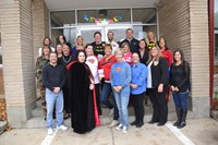 Westerville Walmart Supercenter Donates 20 $50 Gift Cards to Hawthorne Teachers
