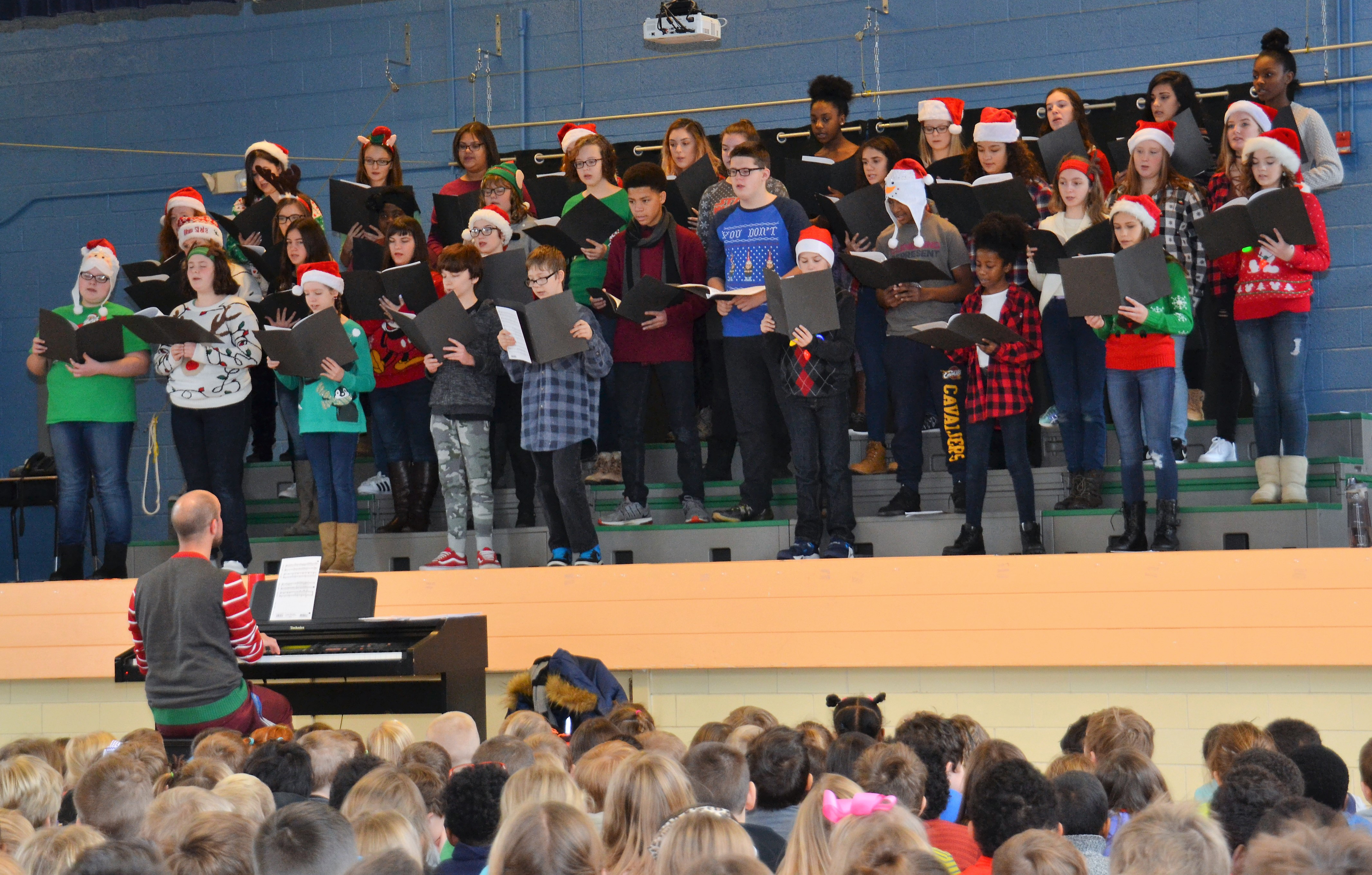 Blendon Students Serenade Whittier Students