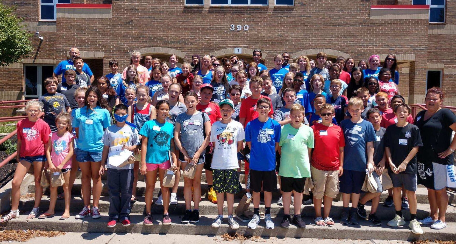 Incoming Heritage sixth grade students