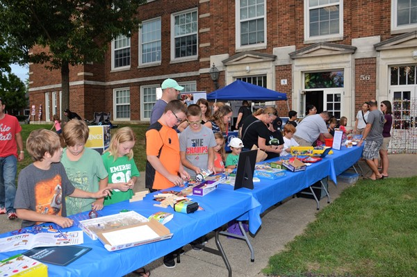Children enjoyed Maker-Space hands-on activity stations at Fourth Friday.