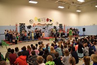 Whittier kindergarten and first grade students performing